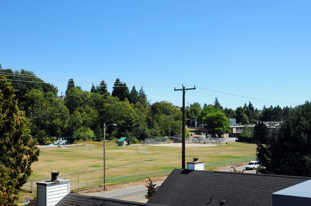 5217_fauntleroy_way_sw_a_20