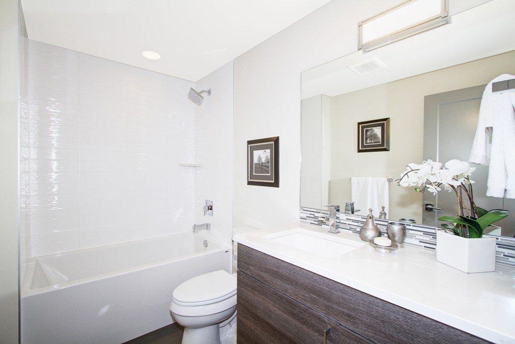 024_Lower Bathroom